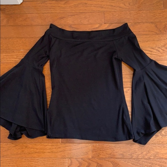 Express Tops - NWOT Express Fitted Off-Shoulder Top
